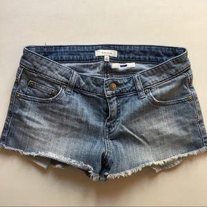 Aritzia Talula Jean Shorts Sz 26 Frayed Hem